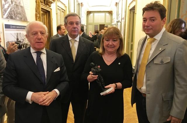 Quarenta junto a a Canciller Susana Malcorra y el Embajador argentino en Italia, el jaureguiense Tomás Ferrari