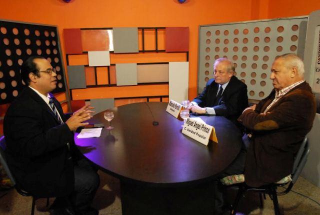 Prince, acompañado de Marcelo Parrilli este jueves en Cablevisión. En el aire de Candidatos 2017.